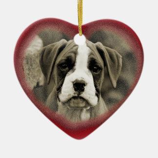 Primer ornamento 2012 del boxeador del perro de adorno navideño de cerámica en forma de corazón