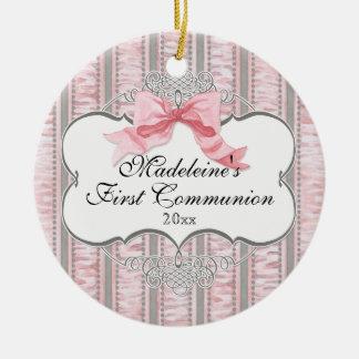 Primer ornamento de la comunión - remolino del adorno navideño redondo de cerámica