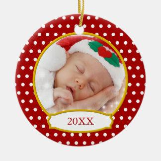 Primer ornamento de la foto del navidad del bebé adorno redondo de cerámica