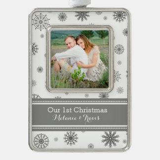 Primer ornamento del navidad de los pares grises adornos navideños
