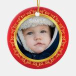 Primer ornamento, rojo y oro de la foto del navida adornos de navidad
