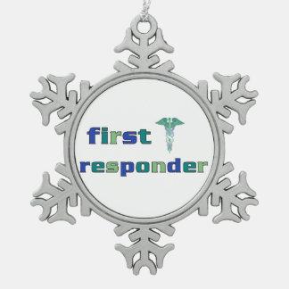 Primer respondedor adorno de peltre en forma de copo de nieve