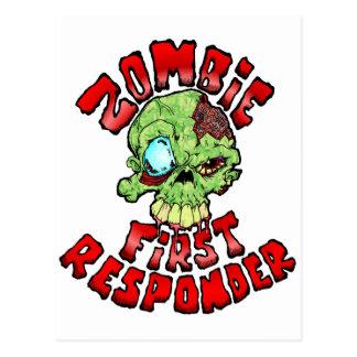 Primer respondedor del zombi tarjeta postal