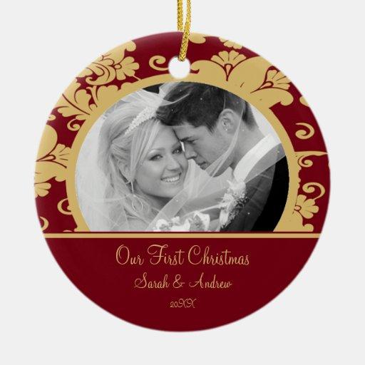Primer rojo del ornamento de la foto del navidad y adorno navideño redondo de cerámica