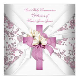 Primer rosa blanco de la comunión santa del chica anuncio