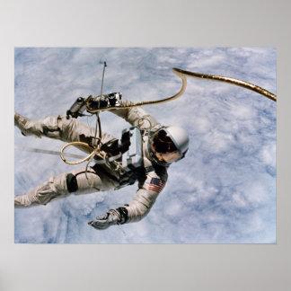 Primer Spacewalk americano géminis 4 Impresiones