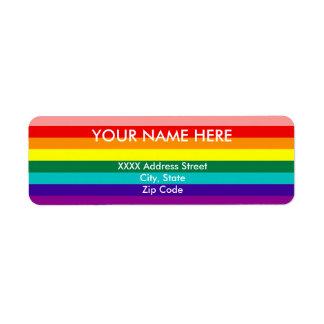 Primera bandera del orgullo del arco iris etiqueta de remite