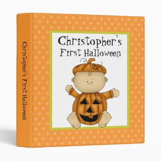 Primera calabaza del bebé de Halloween