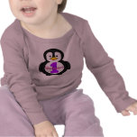 Primera camisa del chica del cumpleaños del pingüi