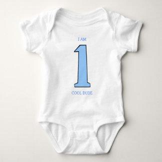 Primera camisa divertida del cumpleaños para un