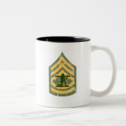 Primera clase de Sargent - remiendo militar Taza Dos Tonos