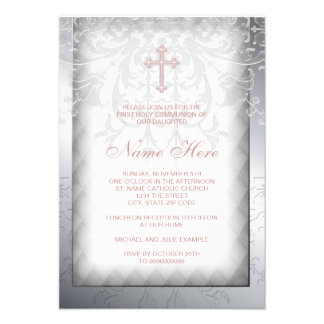 Primera comunión de la cruz rosada del damasco invitación personalizada
