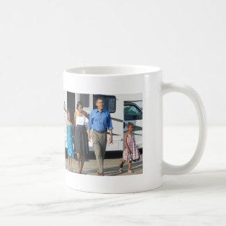 Primera familia, viaje de Obama Taza De Café