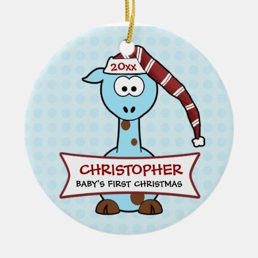 Primera jirafa del navidad del bebé personalizado adorno navideño redondo de cerámica
