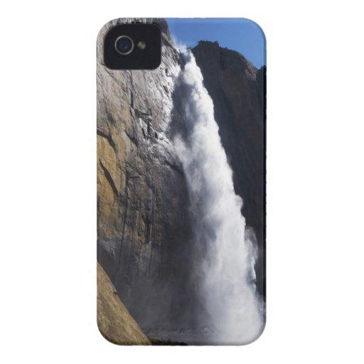 Primera luz en la caída superior de Yosemite en el iPhone 4 Carcasas