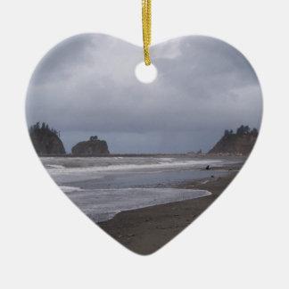 Primera playa en LaPush Adorno Navideño De Cerámica En Forma De Corazón