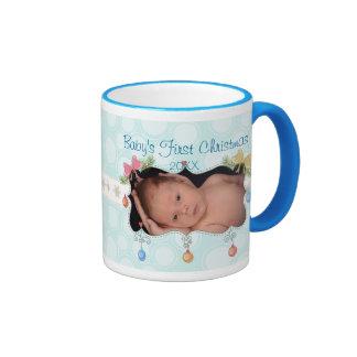 Primera taza del navidad del bebé