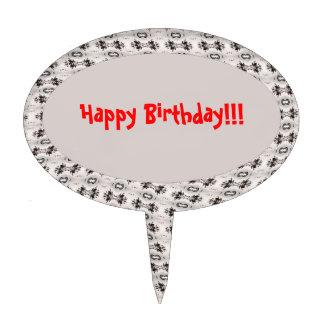 Primero de la torta con diseño del feliz cumpleaño figura para tarta