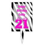 Primero de la torta de cumpleaños 21 -- 21 en esta figura para tarta