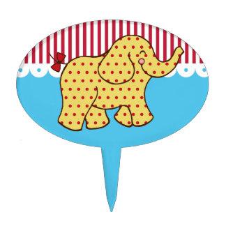 Primero de la torta del elefante del circo palillos de tarta