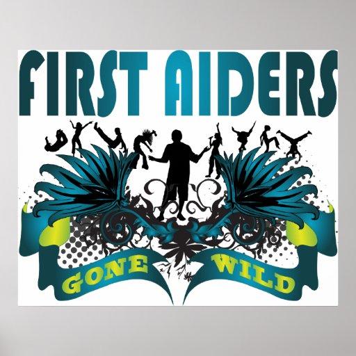 Primeros Aiders idos salvajes Póster