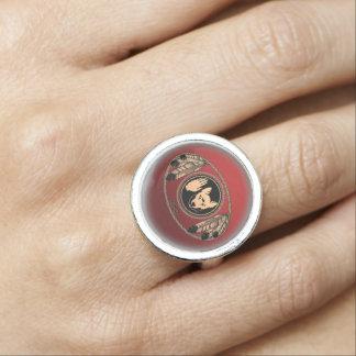 Primeros anillos de la joyería de la bandera del l