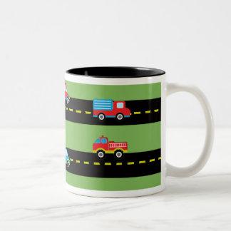 Primeros coches del cumpleaños taza de café de dos colores