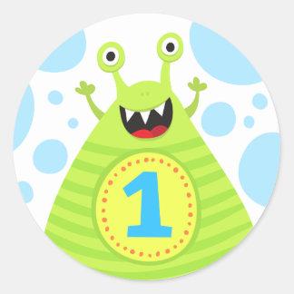 Primeros pegatinas del cumpleaños del monstruo etiquetas redondas