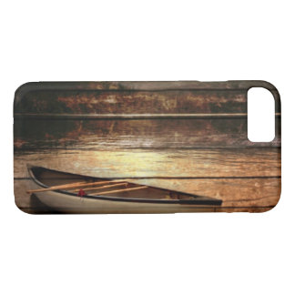 Primitive Wood grain reflection Lake House Canoe iPhone 8/7 Case