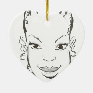 Princesa africana adorno navideño de cerámica en forma de corazón