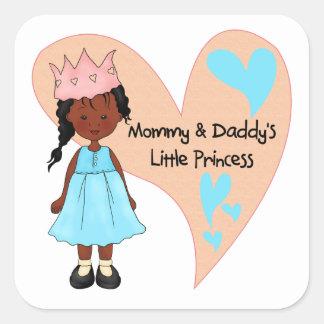 Princesa afroamericana de la mamá y del papá calcomania cuadrada personalizada