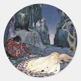 Princesa Asleep en bosque Pegatina Redonda
