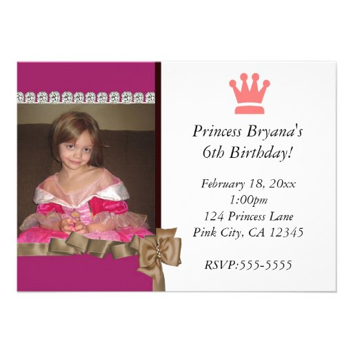 Princesa con la invitación de la foto de la corona