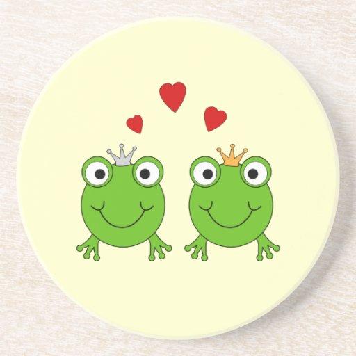 Princesa de la rana y príncipe de la rana, con los posavasos manualidades