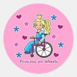 Princesa de la silla de ruedas etiqueta redonda