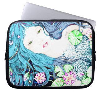 Princesa de la sirena en manga azul del ordenador  mangas portátiles