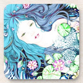 Princesa de la sirena en prácticos de costa azules posavasos de bebida