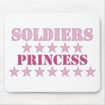 Princesa de los soldados alfombrillas de raton