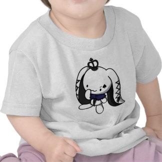 Princesa del conejo del blanco de las espadas camisetas