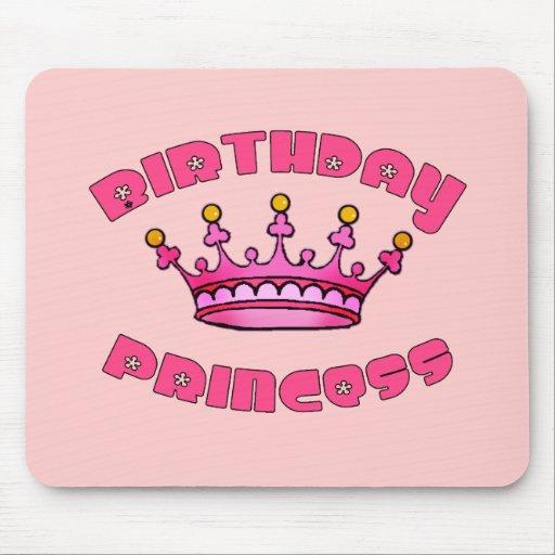 Princesa del cumpleaños con la corona alfombrillas de ratones
