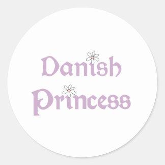 Princesa del danés de las margaritas pegatina redonda