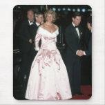 Princesa Diana Alemania 1987 Tapetes De Ratón