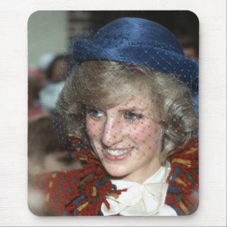 Princesa Diana Bishopton 1983 Tapete De Ratones