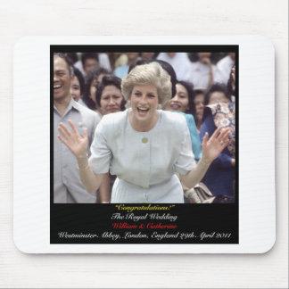 Princesa Diana celebra el boda real Alfombrillas De Ratones