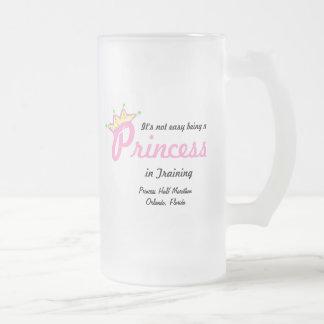 princesa en el entrenamiento tazas de café