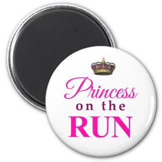 Princesa en el funcionamiento imán redondo 5 cm