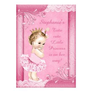 Princesa en falsa fiesta de bienvenida al bebé del anuncio
