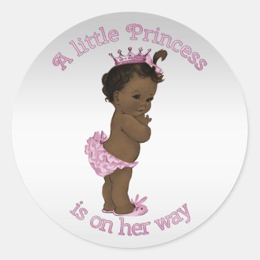 Princesa étnica fiesta de bienvenida al bebé del pegatina redonda