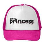 Princesa punky en gorra del camionero del entrenam