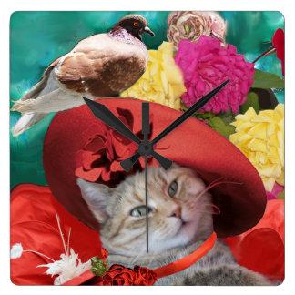 PRINCESA TATUS WITH RED HAT Y PALOMA DEL CAT DE LA RELOJ CUADRADO